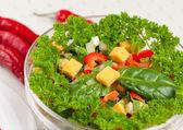 Ensalada ligera de queso, perejil y especias — Foto de Stock