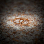 Wedding gold ring — Stock Photo