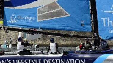 The Wave - Muscat compete in the Extreme Sailing Series — Stock Video