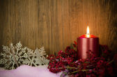 Single candles Christmas decoration — Стоковое фото