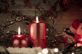 Zwei kerzen-weihnachtsdekoration — Stockfoto