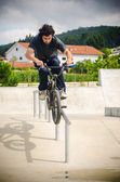 Double peg grind — Stock Photo