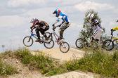 Junioren en elite race — Stockfoto