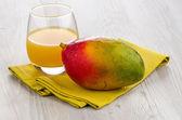Jugo de mango fresco — Foto de Stock