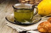 Limonlu çay ve kurabiye — Stok fotoğraf