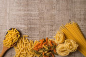 Ungekocht italienische pasta — Stockfoto