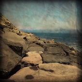 Vintage tarzı sahil kayalar — Stok fotoğraf