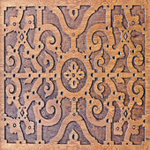 Wood carving, antique skillful pattern — Stock Photo