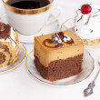 Sweet biscuit fresh dessert and morning black coffee — Foto de Stock