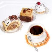 Black morning coffee and fresh sweet cake — Stock Photo