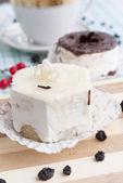 Süße appetitlich frische obstkuchen — Stockfoto