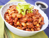 Cuit des haricots à la sauce tomate — Photo