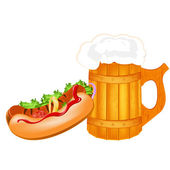 Best traditional fresh cold Beer and hotdog — Stock Photo
