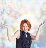 Emocional feliz mulher com cabelo vermelho em abstrato festivo — Fotografia Stock
