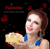 Beauty Young Beautiful Girl with Golden Gift Box.Valentine Day — Stok fotoğraf