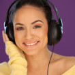 Gorgeous woman enjoying her music — Stock Photo #13788633
