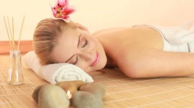 Contentment And Relaxation Spa Therapy — Stock Video