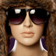 Mannequin wearing fashion sunglasses — Stock Photo