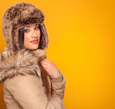 Beautiful young woman wearing a winter coat — Stock Photo