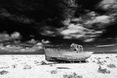 Abandoned fishing boat at Dungeness. — Stock Photo