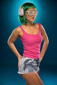 Yeşil saç portre olan slim kadın — Stok fotoğraf