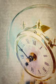 Table period clock with oscillating mechanism — Stock Photo