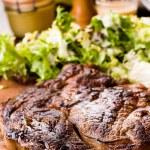 Juicy steak — Stock Photo #13473107