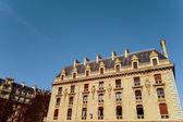 Antique city building in paris — Stock Photo