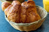 Croissant frais — Photo