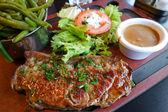 Juicy pork chop — Stockfoto