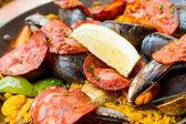 Spaanse gerechten paella — Stockfoto
