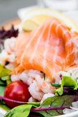 салат из морепродуктов — Стоковое фото