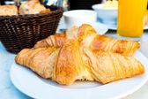 Café e croissants — Fotografia Stock