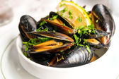 Mussel with white wine — Stock Photo