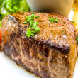 Juicy steak beef meat — 图库照片