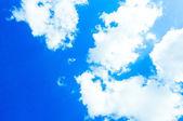 Cielo azzurro con nuvole — Foto Stock