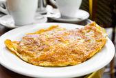 Omelette au jambon — Photo