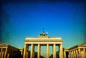 Retro style Brandenburg Gate — Stockfoto