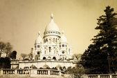Vintage Sacre-Coeur church in Montmartre — Stock Photo
