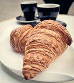 Koffie en croissants — Stockfoto