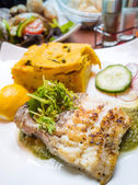 Exquisite French cuisine — Stock Photo