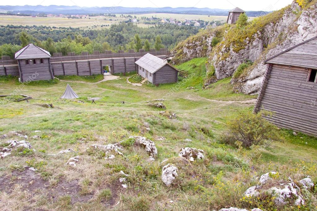 Old settlement on Birow mountain near Ogrodzieniec - Poland, Silesia Region. — Foto Stock #13567706