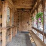 Wooden door to Jaszczurowka chapel - Zakopane, Poland. — Stock Photo #23135350