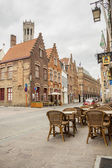 BRUGGE, BELGIUM - APRIL 22:Sidewalk on the old street in the his — Stock Photo
