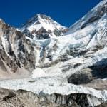 Ice-fall khumbu from everest b.c. — Stock Photo
