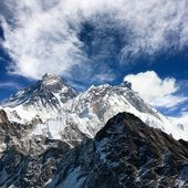 View of everest from gokyo ri — Стоковое фото