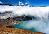 Dudh Pokhari lake, Gokyo, Arakam Tse peak, Chola Tse peak and Ngozumba glacier - way to Cho Oyu base camp - Everest trek - nepal — Stock Photo