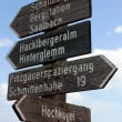 Tourist guidepost - dolomiti italy — Photo