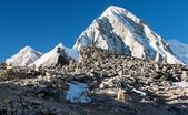 Kala Patthar view point of Mount Everest - Nepal — Stock Photo