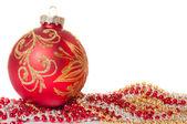 Granos y bola Navidad roja — Foto de Stock